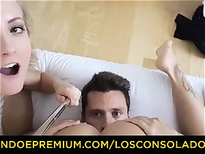 LOS CONSOLADORES - uber-cute babe nude rubdown and 3some