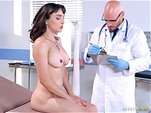 Cytherea is left spraying as she visits the doc
