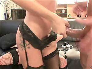 kinky Tory Lane gives Amy Brooke a dual dipping