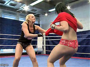 Aagell Summers and Kathia Nobili warm struggle nude