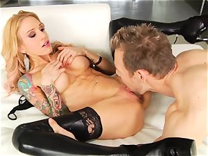 Sarah Jessie slavers over this firm pulsing trunk