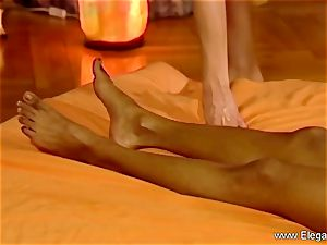 massage For gals Is erotic