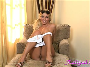 Aaliyah love hot blonde honey in milky bathing suit