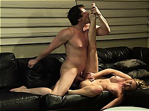 Kayden Kross blows and bangs