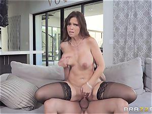 anal ramming cougar Syren De Mer