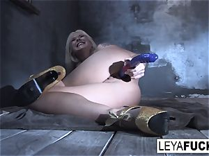 Leya Falcon rams fucky-fucky playthings in both her slots