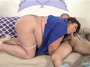 Fatty gets her fuck holes dual humped