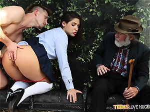 hilarious situation of vag wedged daughter-in-law and her grandfather observes at bus stop - Abella Danger and Bill Bailey