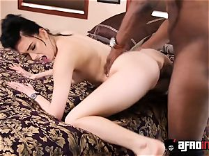 pallid temptress Aria Alexander peels off for big black cock ravaging