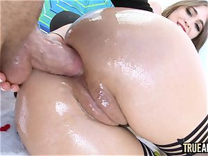 TRUE anal Riley Reid has her ass slurped then romped