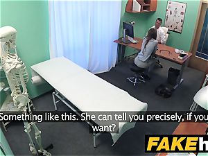 fake health center Patient gives blowage before being smashed