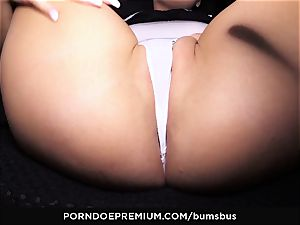 donks BUS beautiful babe well-lubed up and humped hard