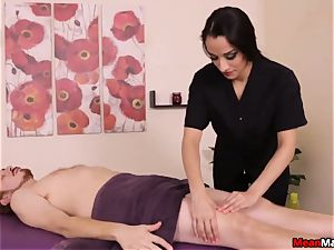 super-hot And wild masseuse Plays Her Game