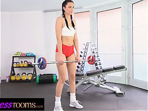 fitness apartments Face sitting pussy slurping young Czech