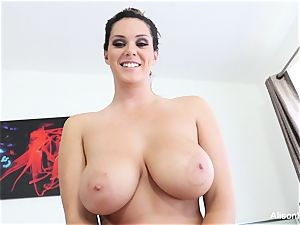 Interview with huge-boobed hottie Alison Tyler