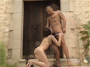 Denisa and Tina threeway in Mallorca