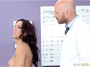 muff liking Rachel Starr gets a taste of yam-sized rigid manmeat