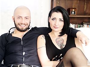 casting ALLA ITALIANA - spurting babe in steamy audition