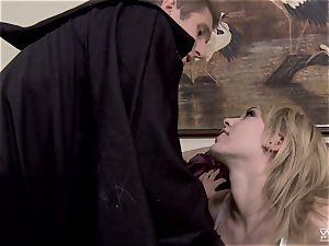 Horror vid fuckin' with beautiful Lily Labeau