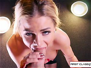 watch Jessa Rhodes taking a enormous manstick down her mouth